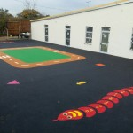 rubber wetpour graphics installation