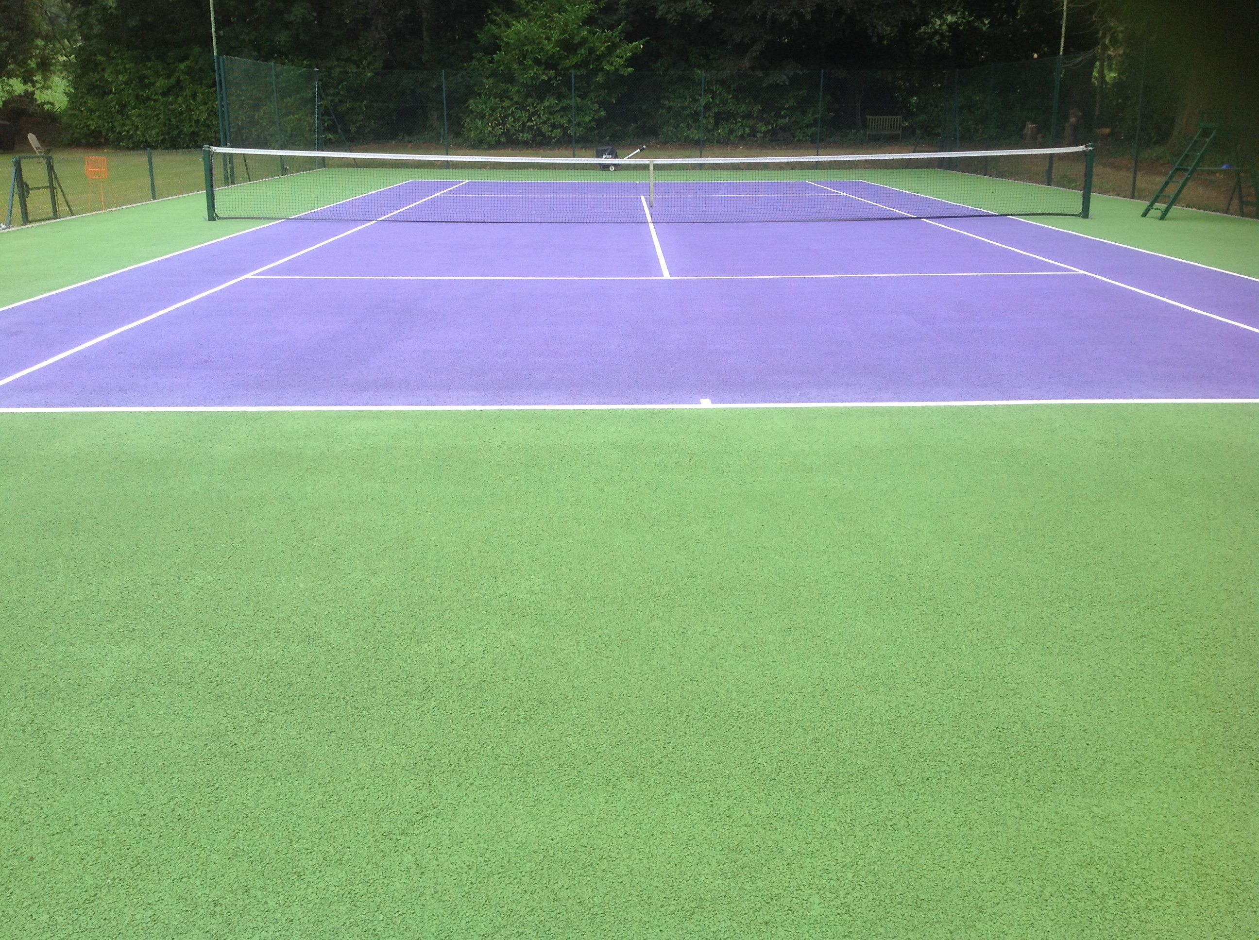 Tennis court painting uk tennis courts colour coating for Sport court paint